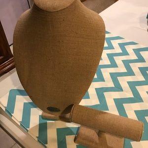 Origami Owl display busts and bracelet holder